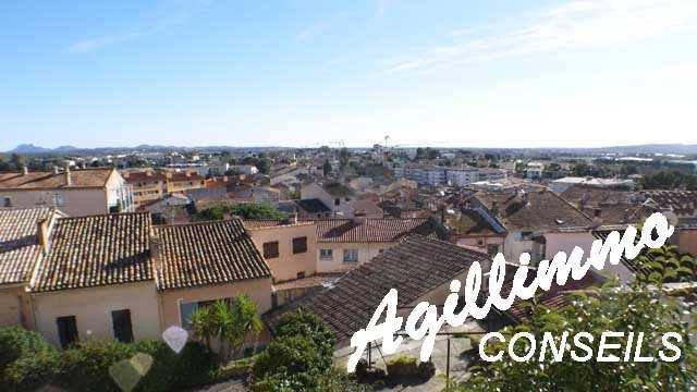 Maison 3 pièces + 2 logements indépendants et garage - PUGET SUR ARGENS - Sud de la France