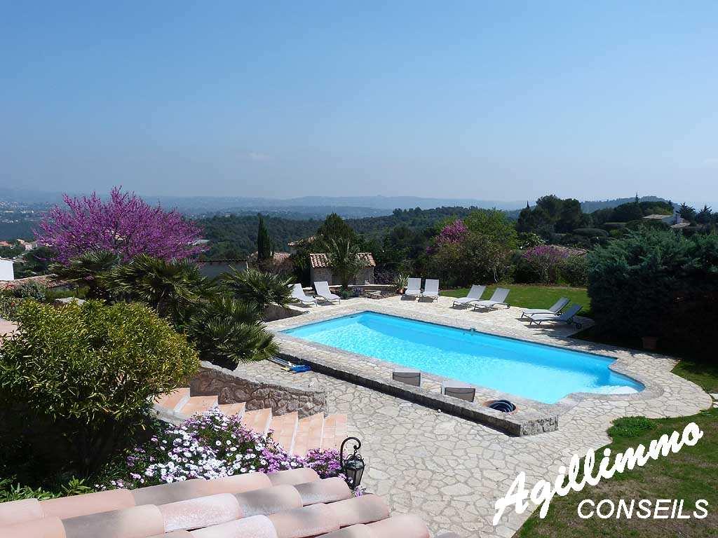Superbe propriété en pierre avec vue mer - 06530 - Sud de la France