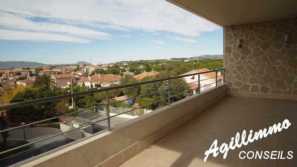 Exceptionnel Villa sur le toit Quartier Valescure - SAINT RAPHAEL - Sud de la France