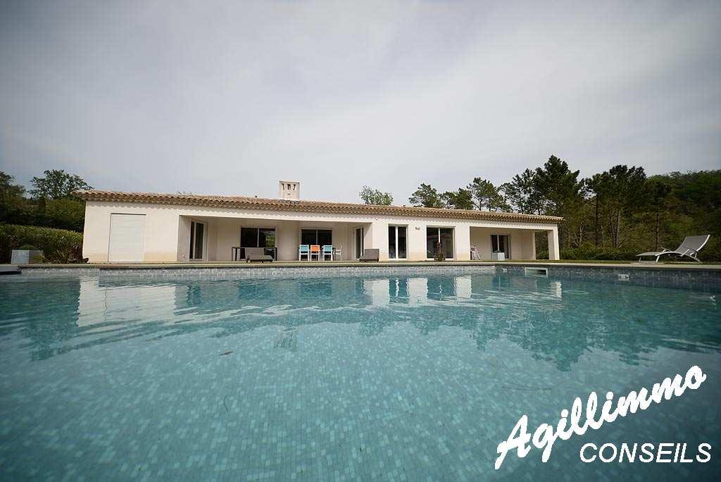 Propriété haut de gamme Arrière-Pays Varois - BAGNOLS EN FORET - Sud de la France
