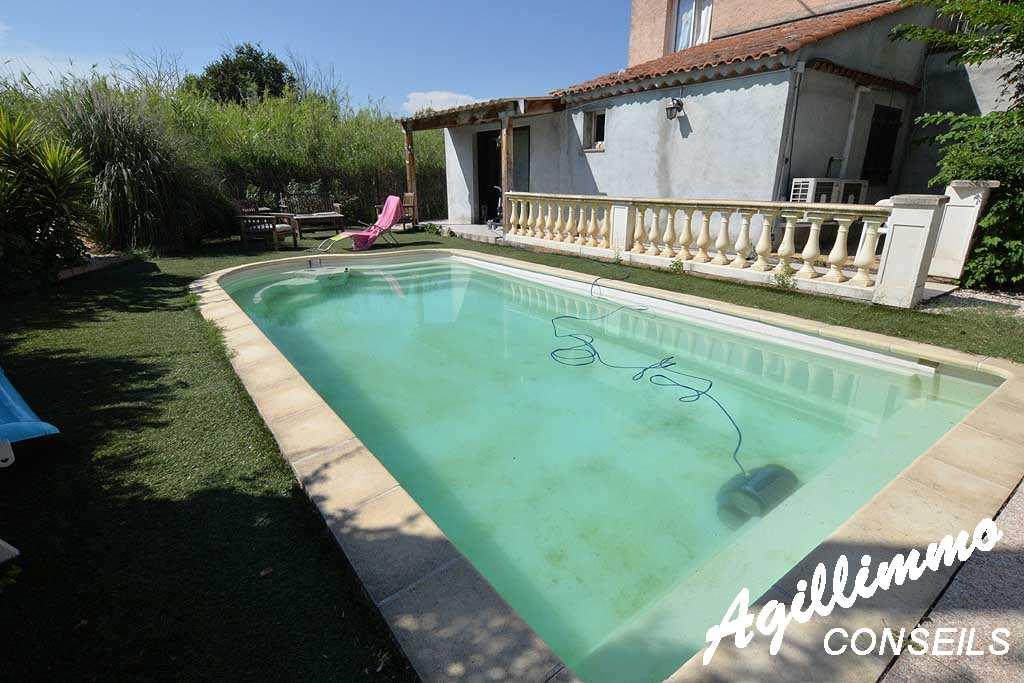 Rez-de-villa avec jardin et piscine - PUGET SUR ARGENS - Sud de la France