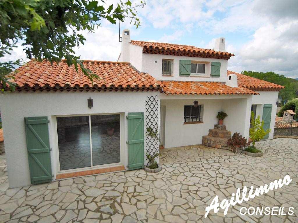 Villa composée de 2 logements dans quartier très calme - PUGET SUR ARGENS - Sud de la France