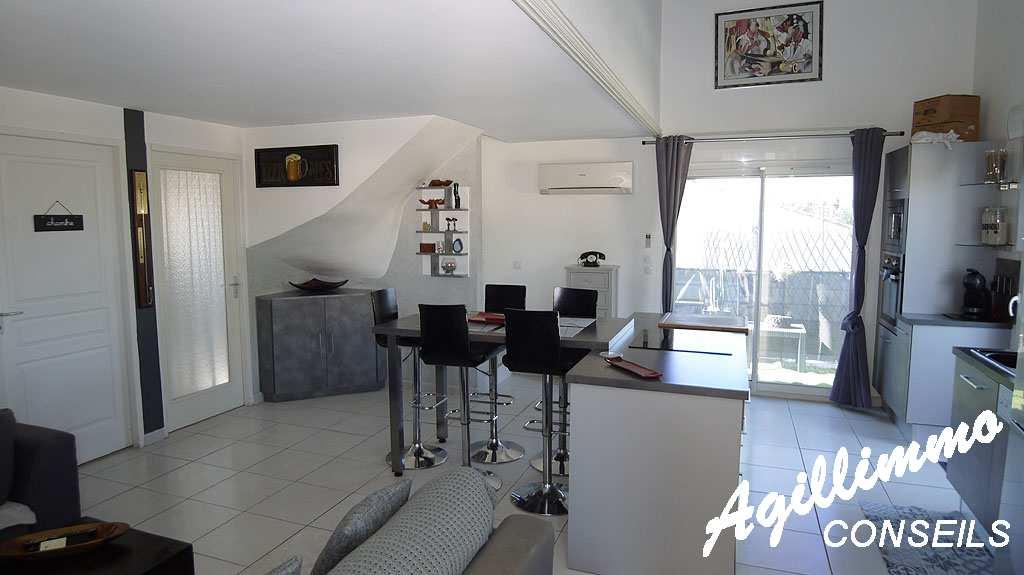 Appartement 3 pièces en duplex - PUGET SUR ARGENS - Sud de la France