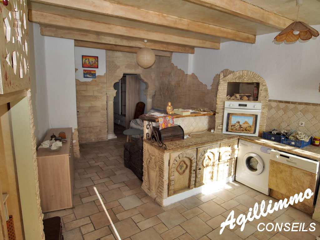 Grand Studio en plein centre ville - PUGET SUR ARGENS - Sud de la France