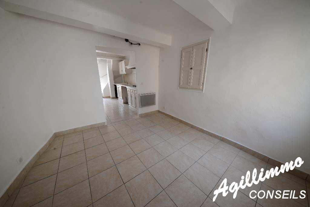 Appartement 2 pièces dans Maison de village - PUGET SUR ARGENS - Sud de la France