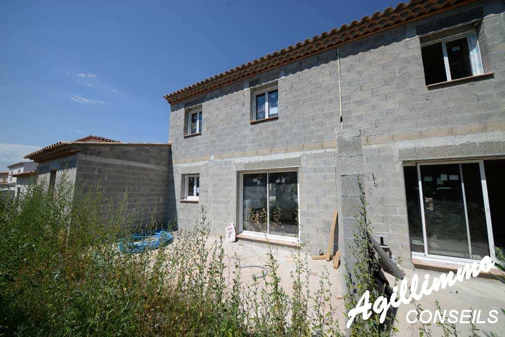 Maison 4 pièces avec garage  - PUGET SUR ARGENS - Sud de la France