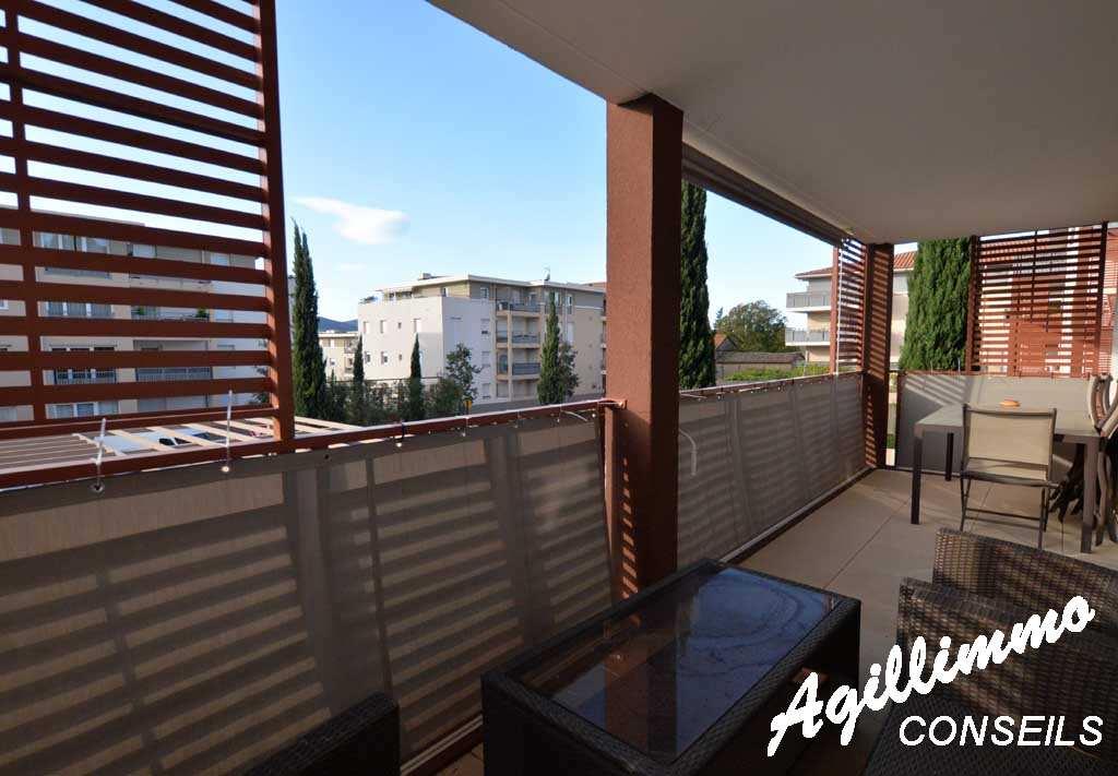 Appartement 3P moderne avec garage et belle terrasse - 83480 - Sud de la France