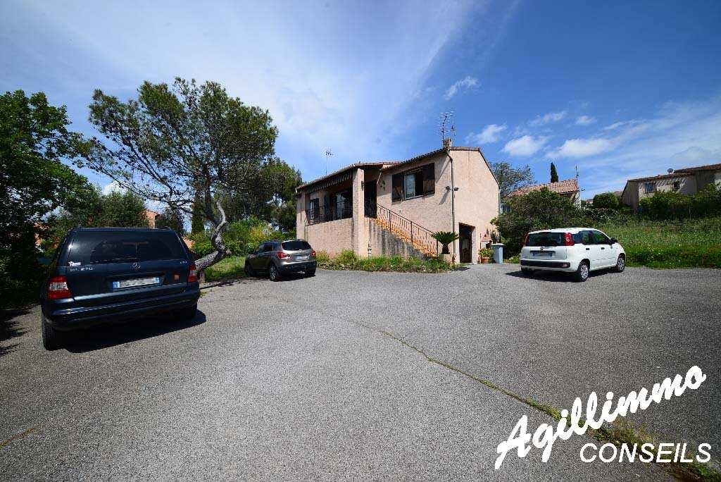 Maison individuelle avec garage et sous-sol - FREJUS - Sud de la France