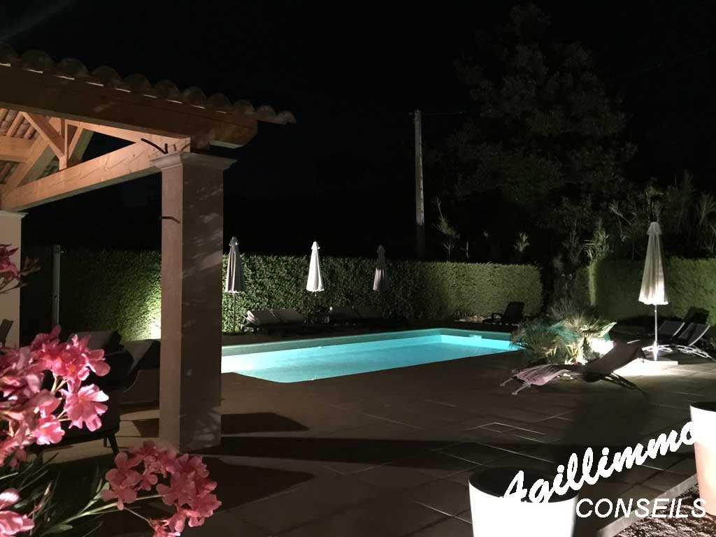 Villa 5 pièces avec piscine - PUGET SUR ARGENS - Sud de la France
