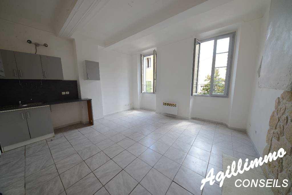 Appartement 2 pièces - LE MUY - Sud de la France