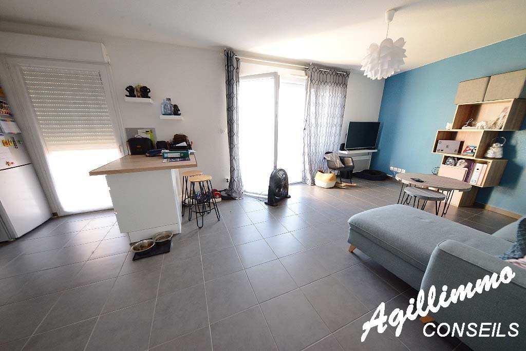 Appartement T2 dans résidence récente - PUGET SUR ARGENS - Sud de la France